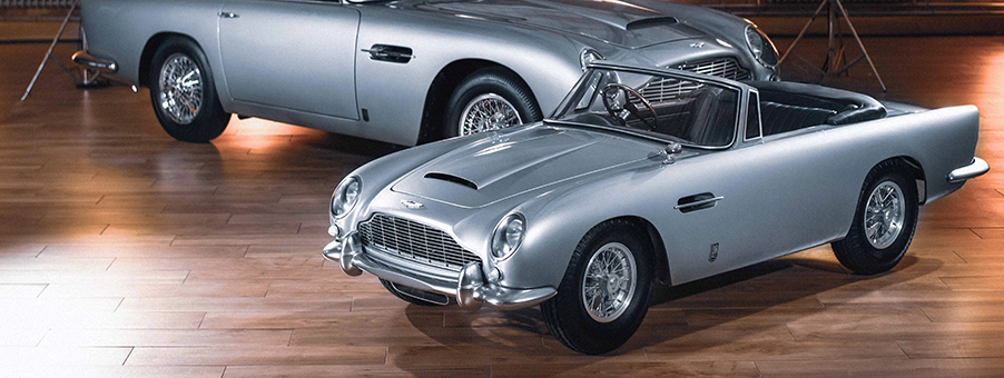 Aston Martin DB5 Junior Features SMITHS Instruments