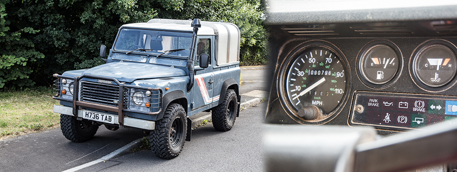 Land Rover Defender and SMITHS Gauges